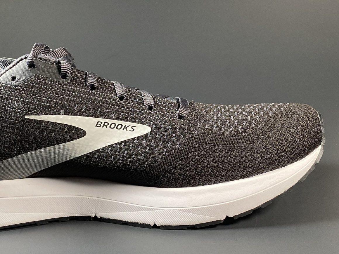 Brooks Revel 4 5