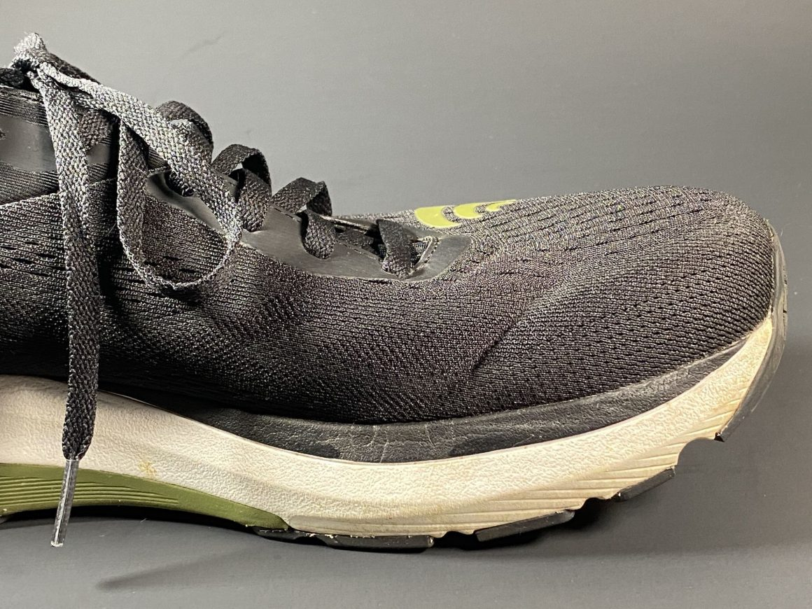 Topo Athletic Ultrafly 3 4