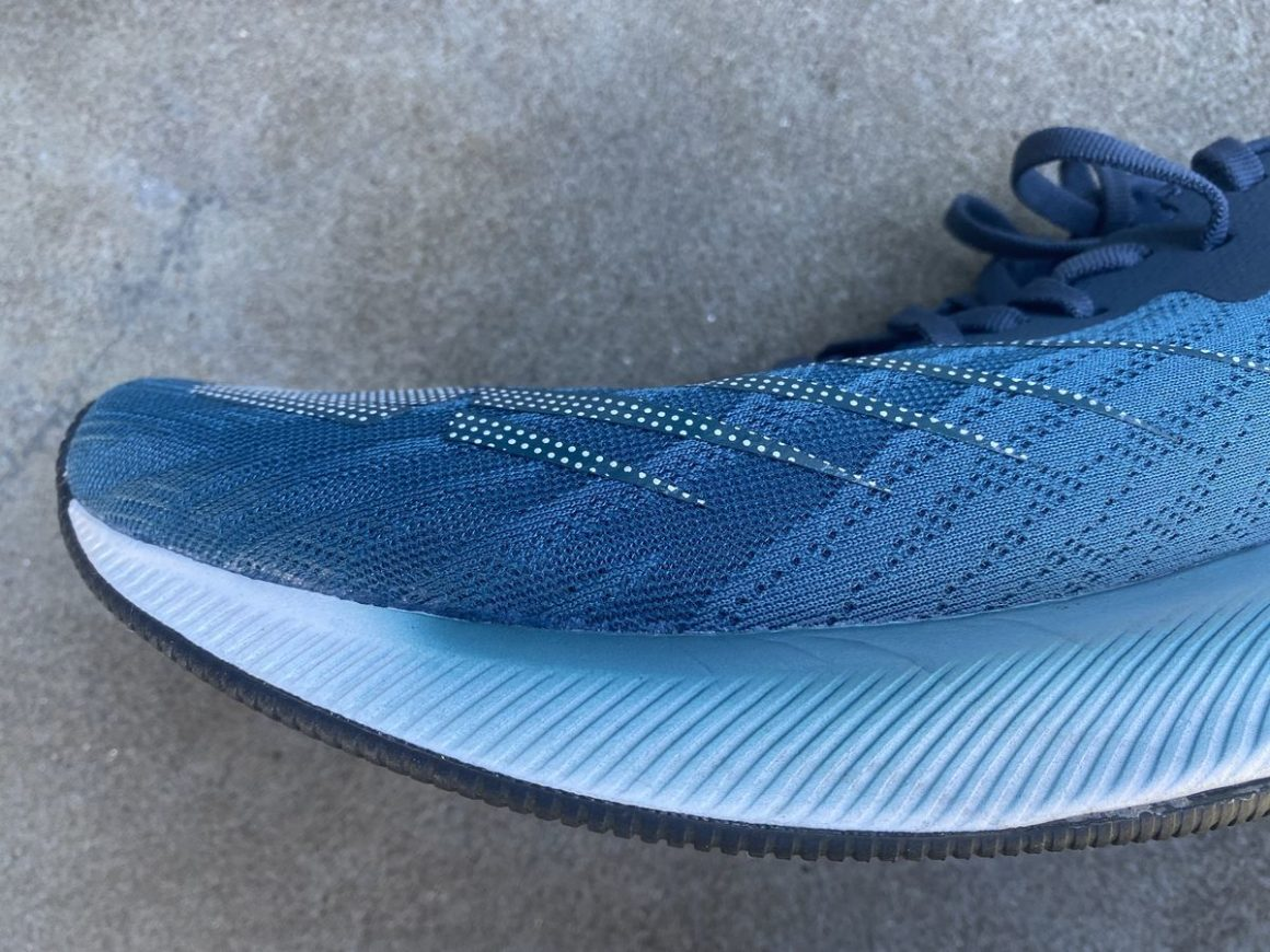 New Balance FuelCell Prism 5