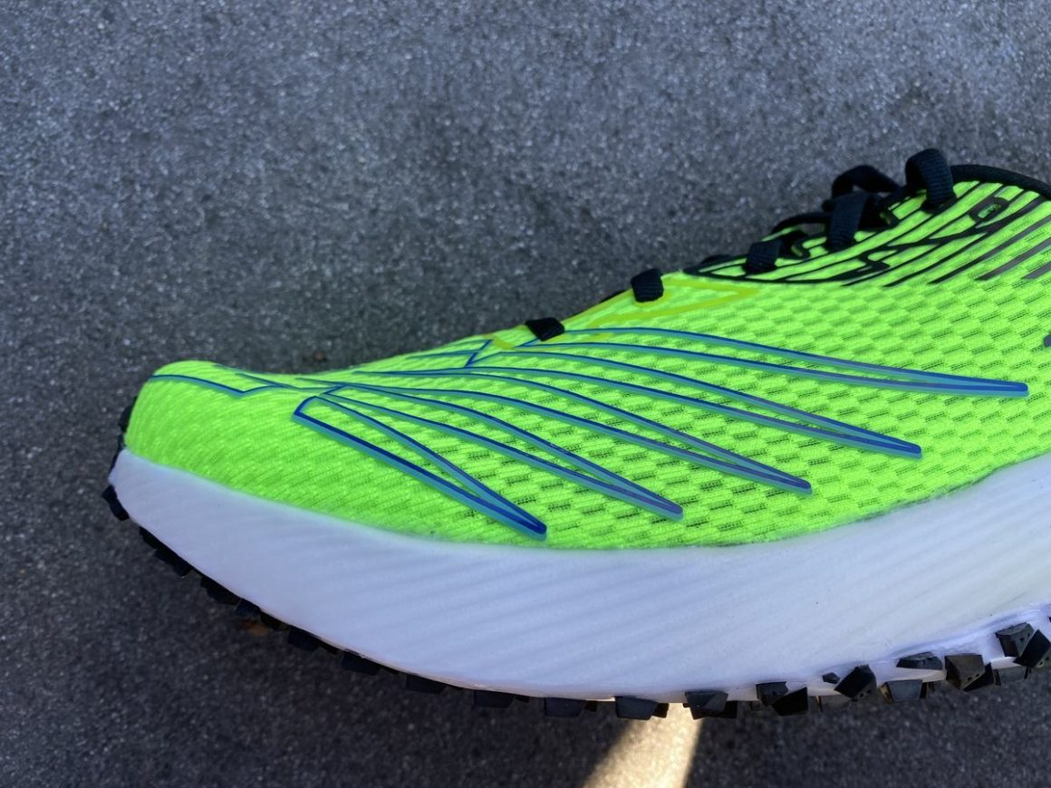 New Balance FuelCell RC Elite 9