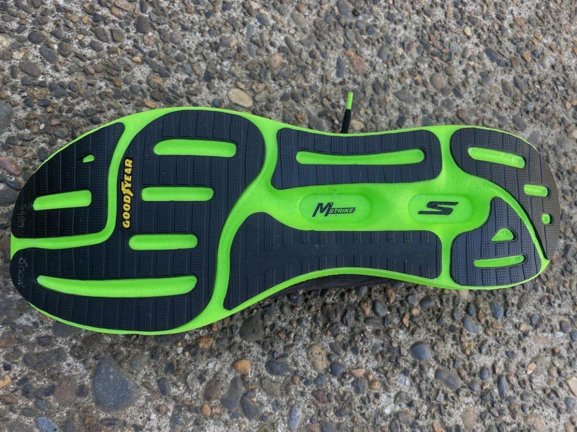 Skechers GOrun Razor Plus Hyper 6