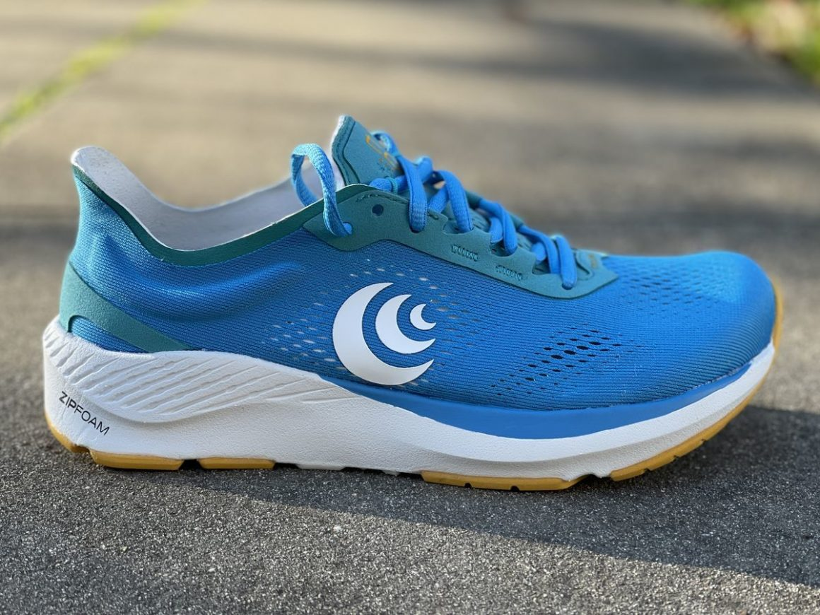 Topo Athletic Cyclone 11
