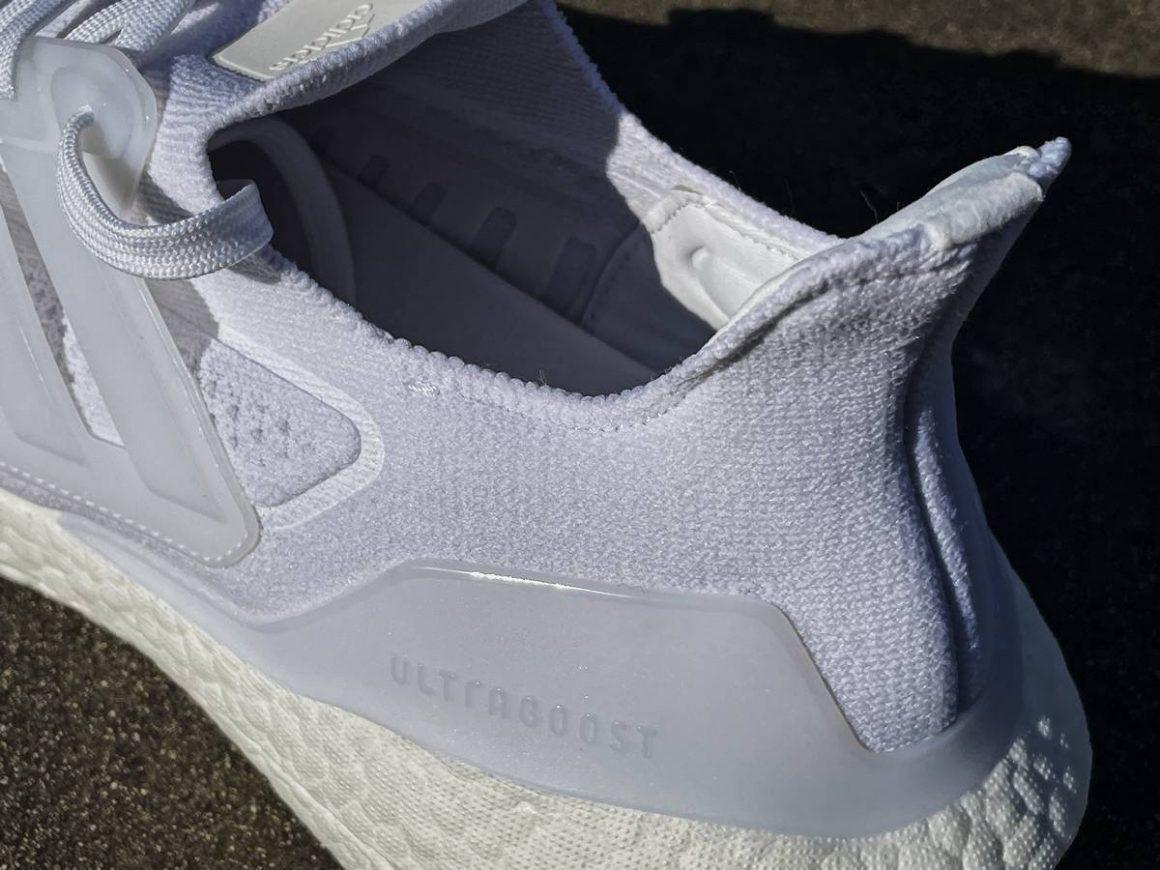 Adidas ULTRABoost 21 6