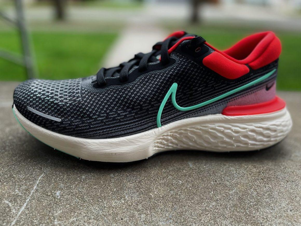 Nike ZoomX Invincible Run 12