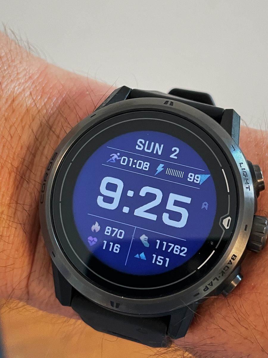 COROS Apex Pro Watch 10