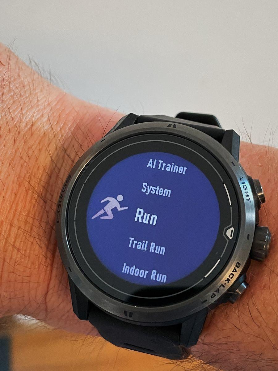 COROS Apex Pro Watch 11