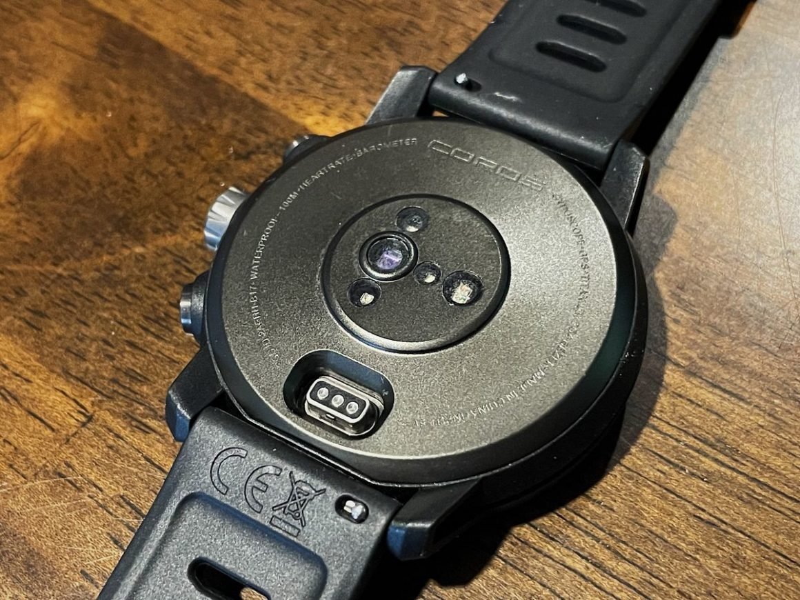 COROS Apex Pro Watch 4